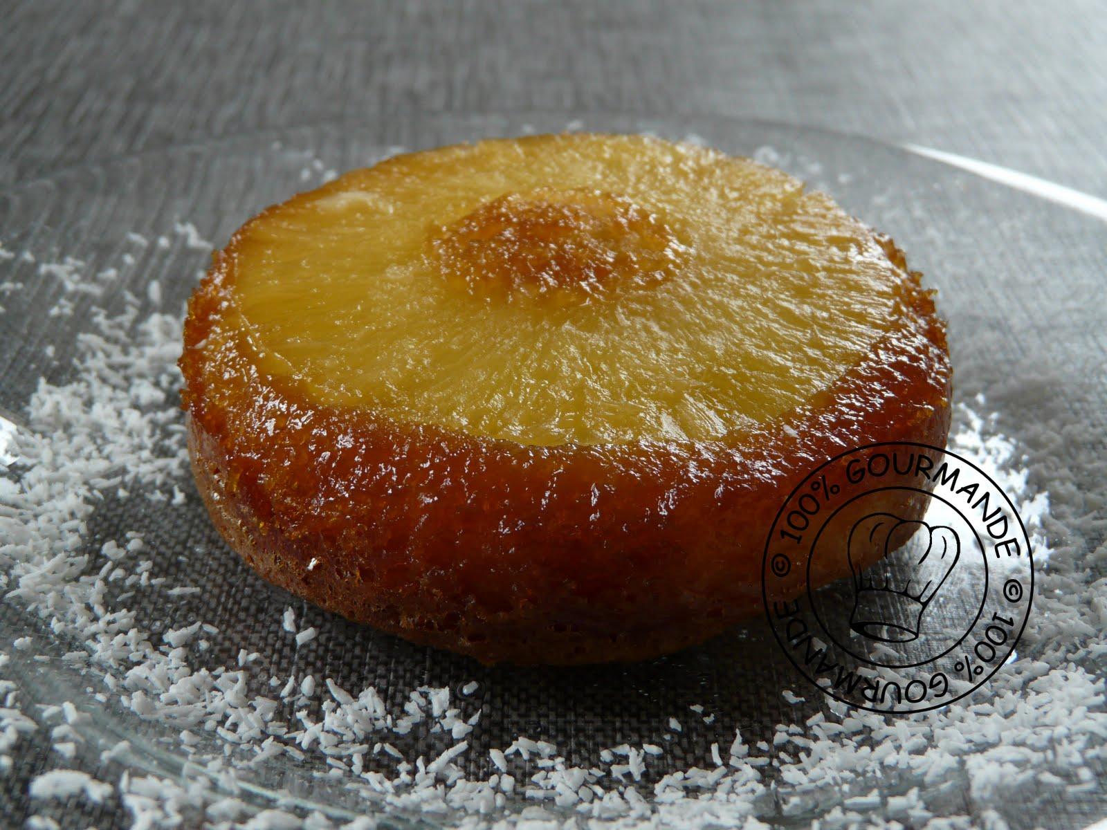 Gateau ananas caramel individuel  renversant .