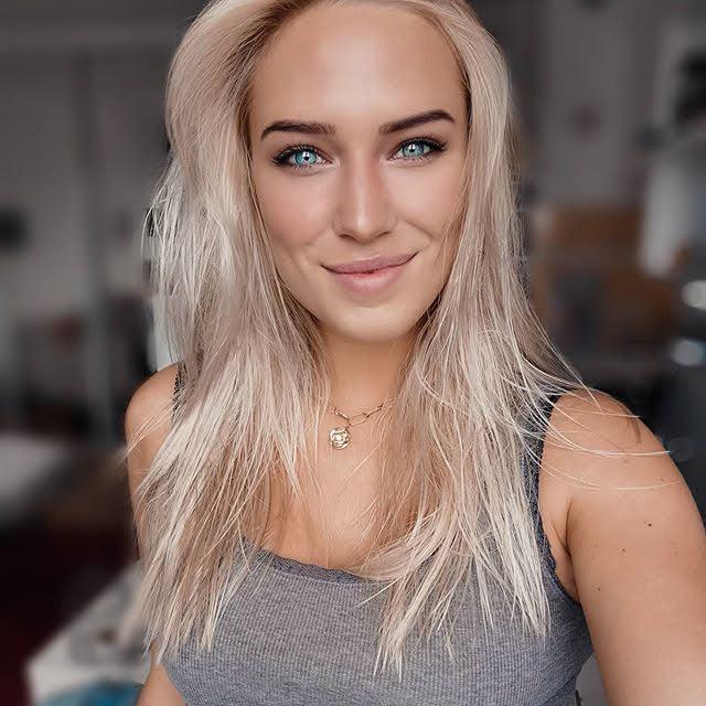Eva Mikulski 14