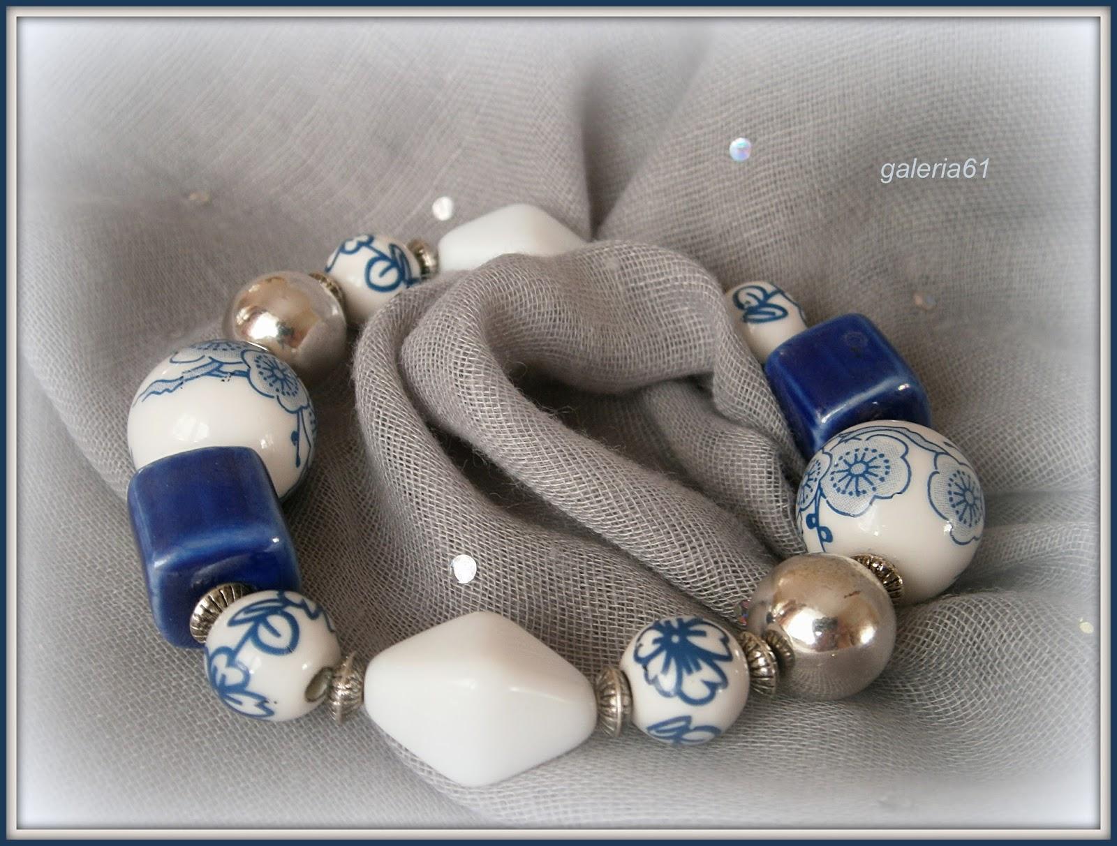 bransoletka biało - granatowa