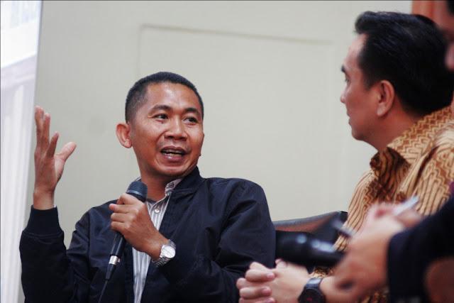 """Peneliti Ekonomi Politik AEPI: """"Pembubaran HTI Disponsori Asing dan Taipan"""""""