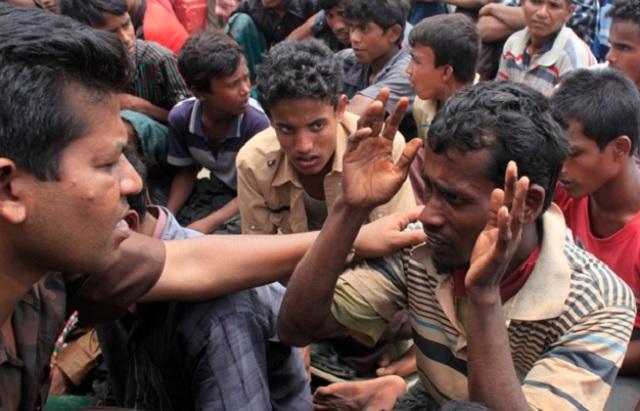 Warga Bangladesh Sanggup Mengaku Rohingya Demi Dapatkan Bantuan Kemanusiaan