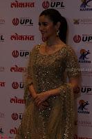 Ranbir Kapoor Alia Bhatt and others at Red Carpet Of 4th Edition Lokmat Maharashtrian Awards 2017 013.JPG