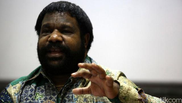 Breaking News, Kepala Suku Papua Marah Besar & Mengancam Akan Mencari Natalius Pigai Sampai Dapat, Ini Lantarannya