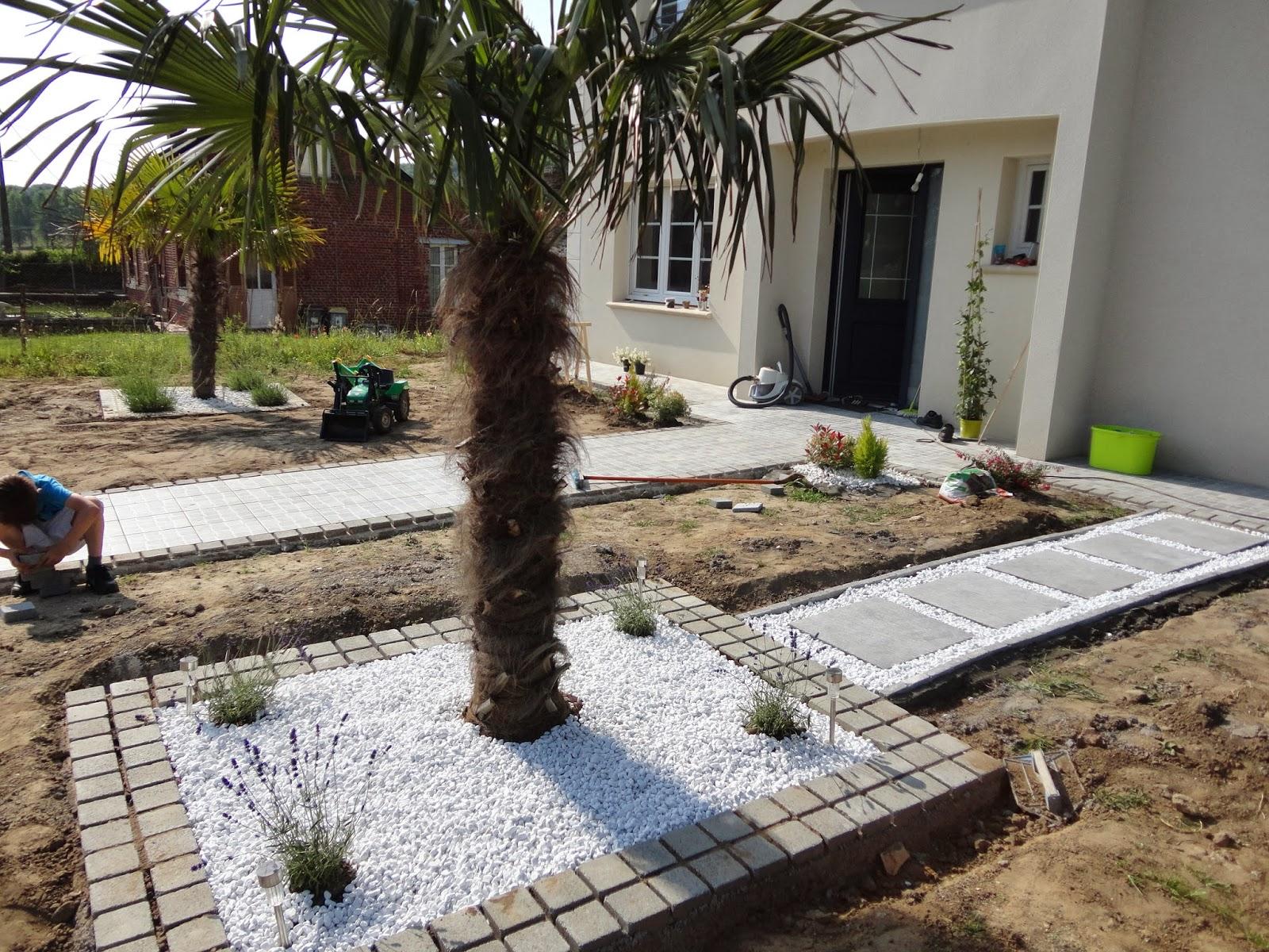 naissance d 39 un jardin une grande aventure mars 2014. Black Bedroom Furniture Sets. Home Design Ideas