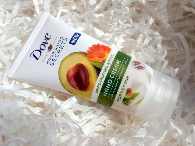 Dove Nourishing Secrets - Krem do rąk z olejkiem z awokado