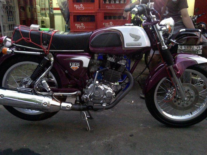 New Foto-foto Modifikasi Sepeda Motor Honda CB ~ Planet