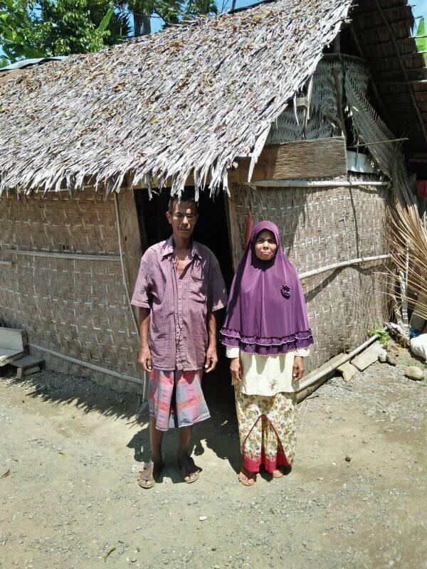 Pak.Amirudin tinggal di Rumah 2x4 bersama 5 Anaknya, sangat berharap bantuan Rumah Layak Huni