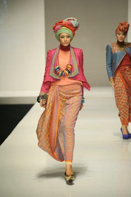 Foto Baju Muslim Modis Untuk Remaja