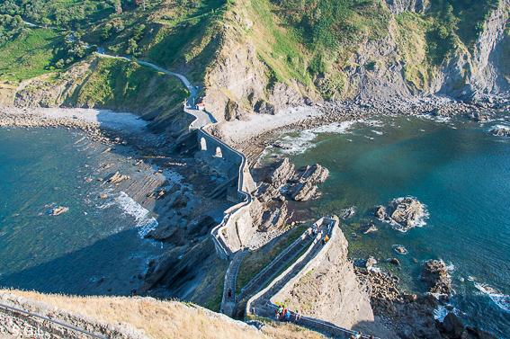 Escaleras de San Juan de Gastelugatxe. Una ermita en el mar, San Juan de Gastelugatxe