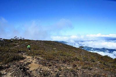 foto gunung latimojong