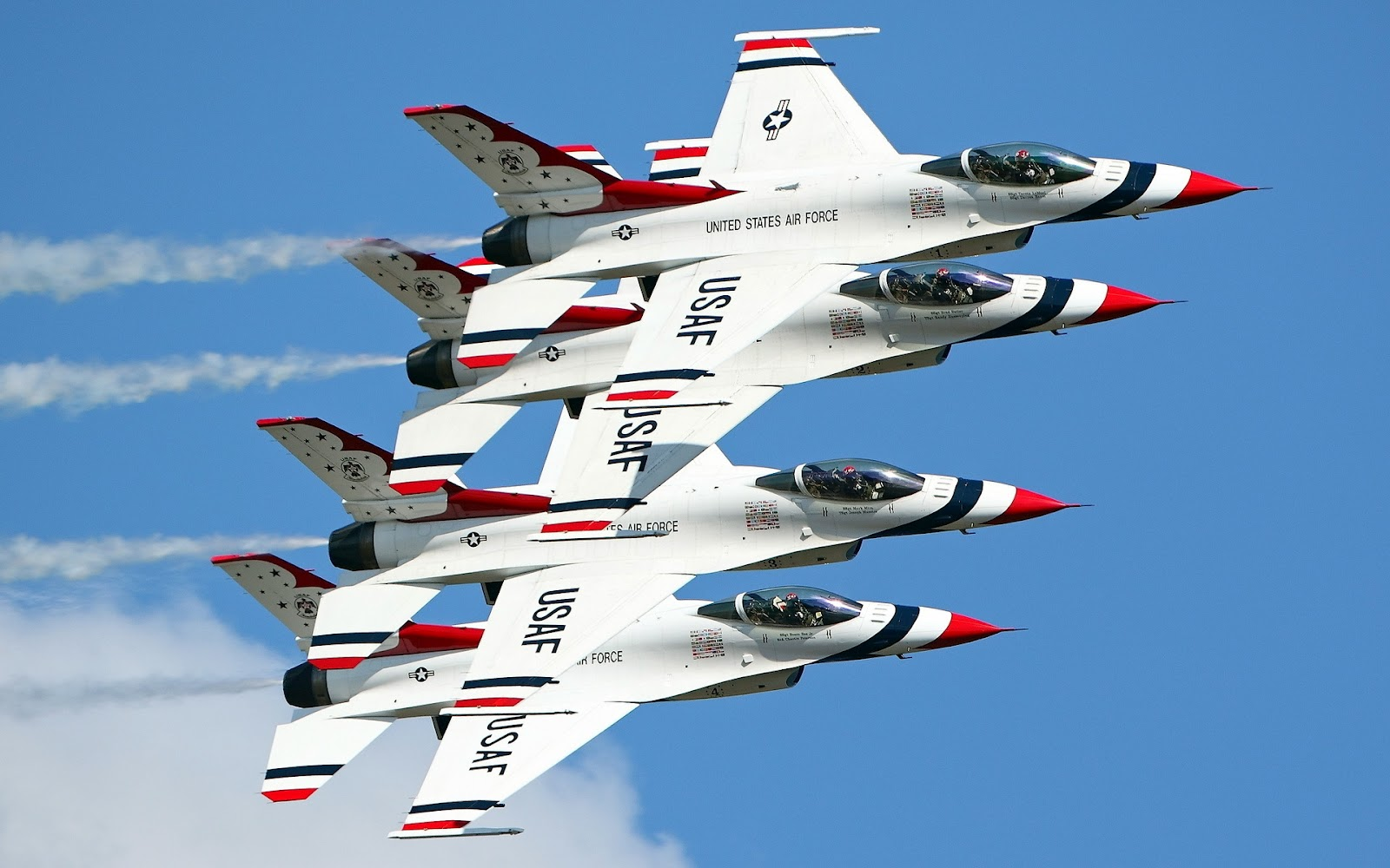 http://2.bp.blogspot.com/-BT-VkEe6Fd8/UGBfET-9lXI/AAAAAAAAoJI/G18Q7z8r4qY/s1600/F-16-Fighting-Falcon-Wallpapers.jpg