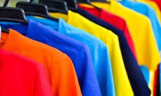 5 Cara Terbaik Memilih Baju Kaos Distro untuk Pria yang paling Tepat