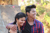 Vasthunadu Movie Stills-thumbnail-4