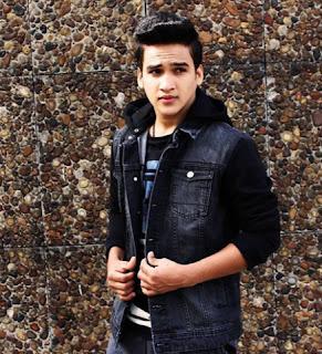 Biodata Faisal Khan