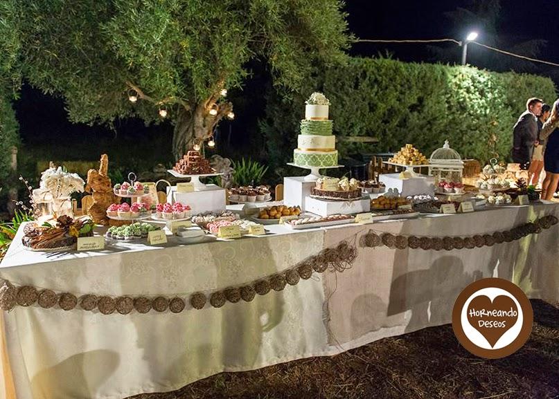 Mesa dulce para una boda en el campo for Mesa de dulces para boda