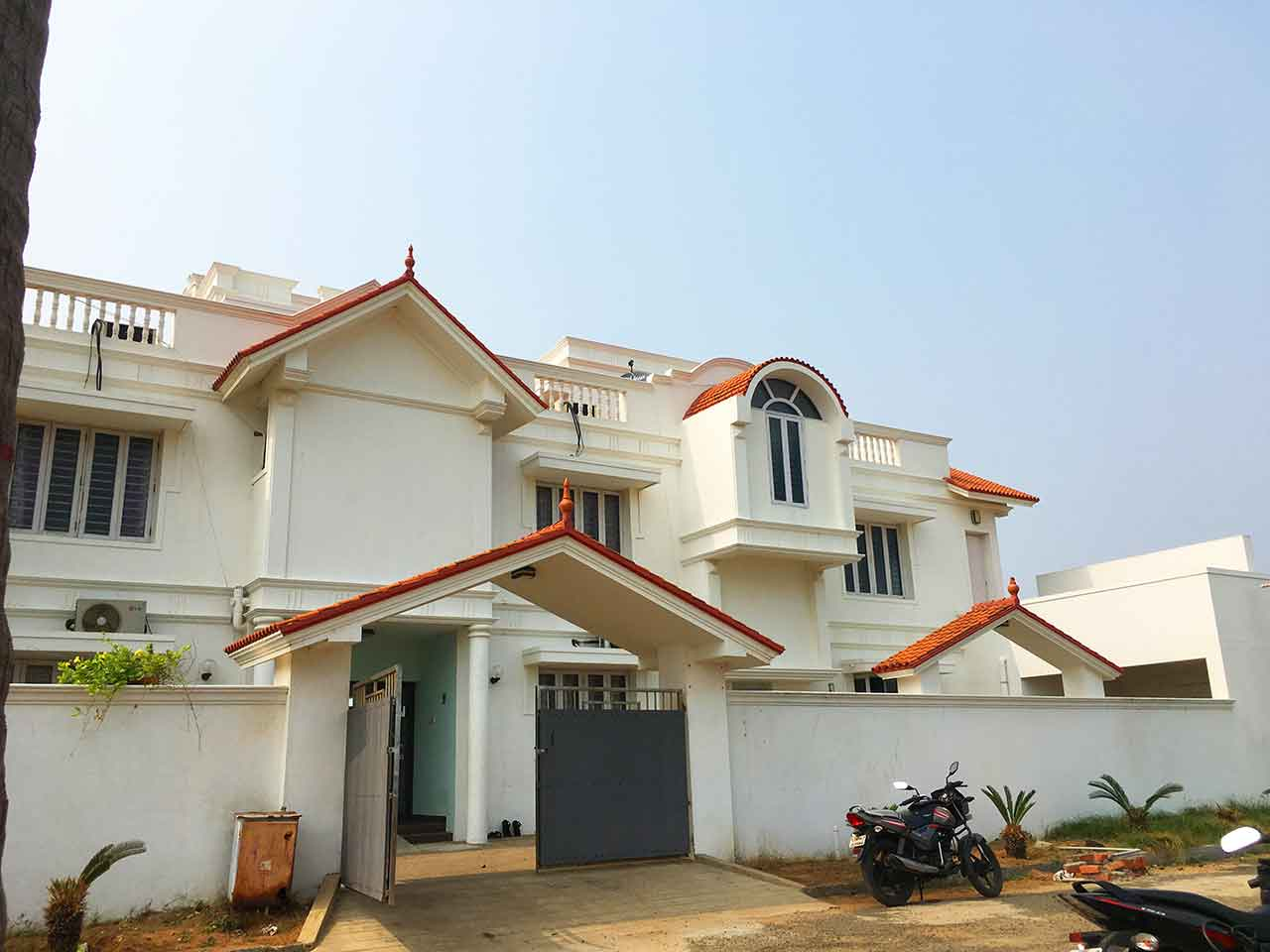 beach house resort in ecr