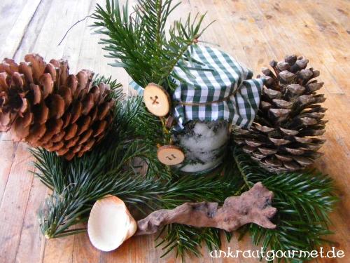 unkrautgourmet wildkr uter und wildpflanzen essen kostbarer weihnachtsbaum gedankenspiel. Black Bedroom Furniture Sets. Home Design Ideas