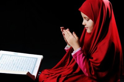 fiqh muslimah: shalat wanita itu lebih baik di rumahnya