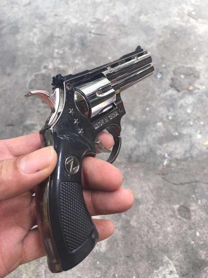 Bật lửa Hộp quẹt hình súng lớn giá sỉ và lẻ rẻ nhất