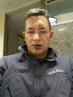 RESPOSTA Á ALTURA!!!!! MOTOQUEIROS FOLGADOS TENTAM TOMAR ARMA DE SARGENTO