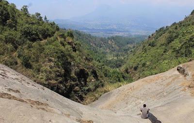 Watu Talang Wisata di malang