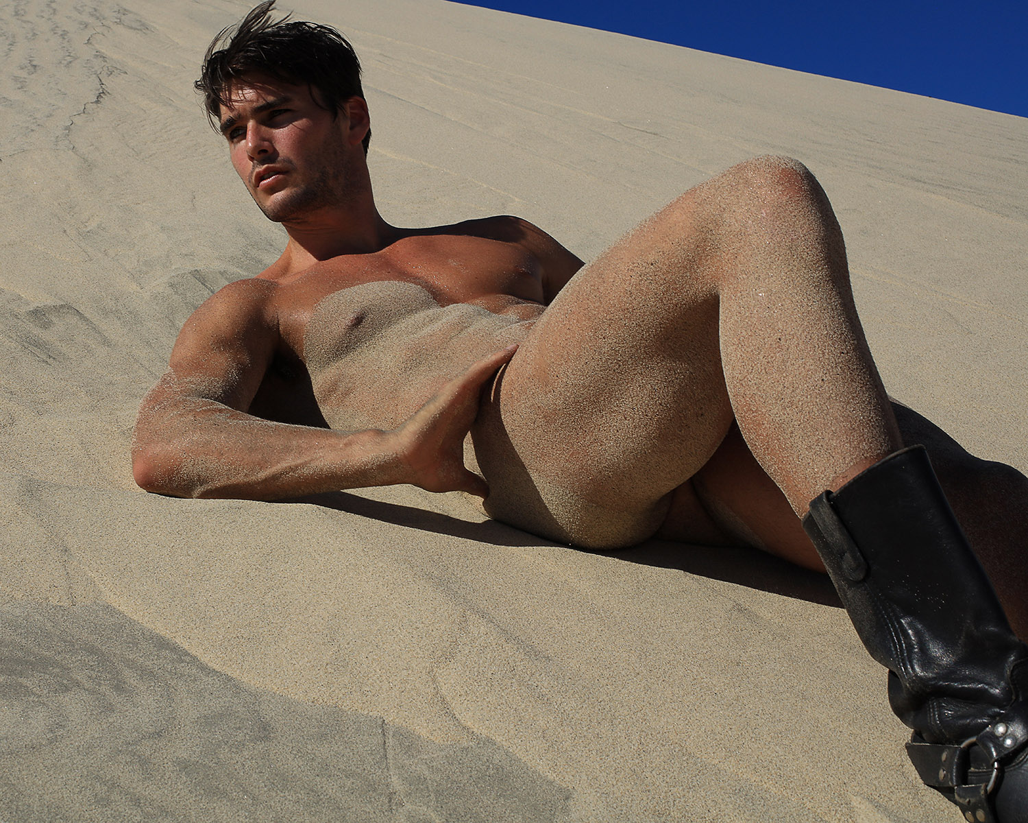 ethan parker nude pics