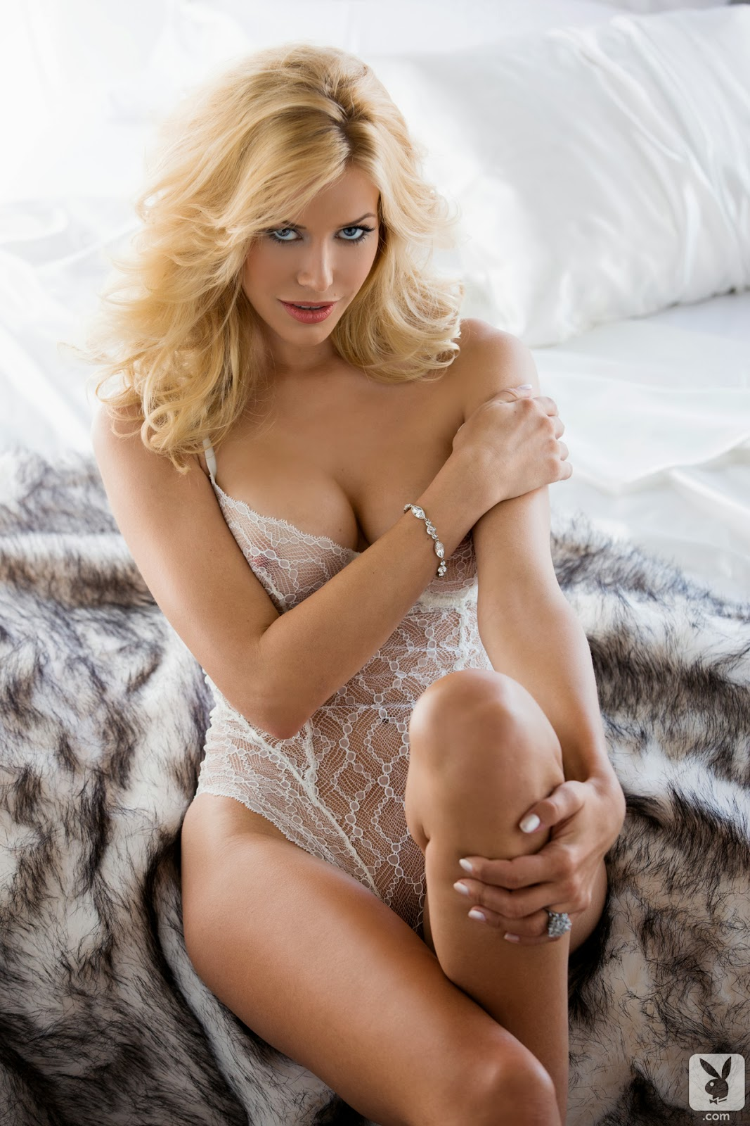 Sexy Pics: Kennedy Summers - Playmate of the Month for