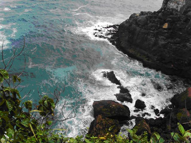 Wisata Pantai Banyutowo di Wonogiri Jawa Tengah