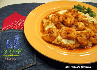 Pasilla Garlic Shrimp at Miz Helen's Country Cottage