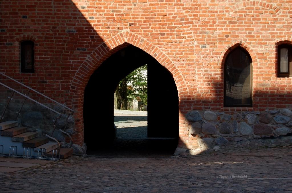 Brama wjazdowa na zamek