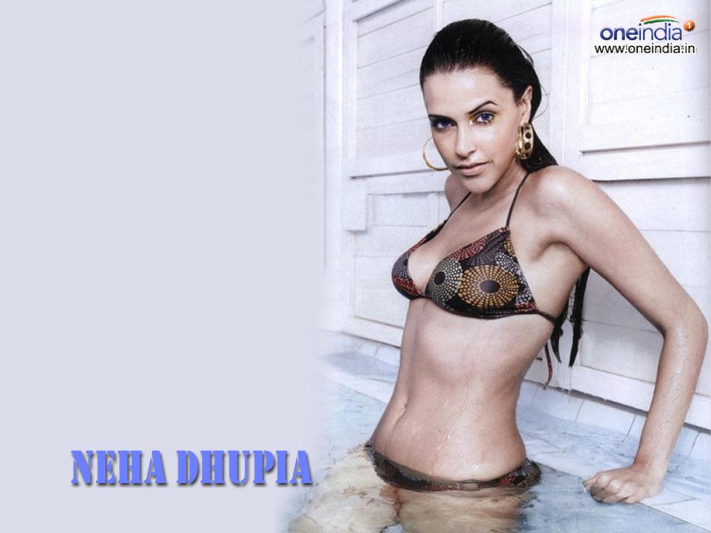 Neha Dhupia Hot And Sexi Bikin Pics-2082