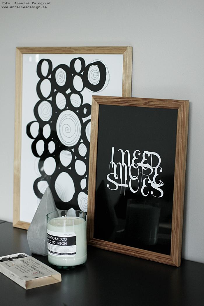 annelies design, webbutik, poster, posters, konsttryck, tavla, tavlor, print, prints, svartvit, svartvita, svart och vitt, cirkel, i need more shoes, hurts, hurtsar, fårskinn, fäll, doftljus, wax and wick,