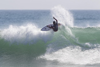 44 Filipe Toledo Hurley Pro at Trestles foto WSL Sean Rowland