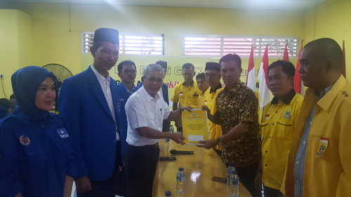 H Iskandar Pelamar Pertama Di Partai Golkar