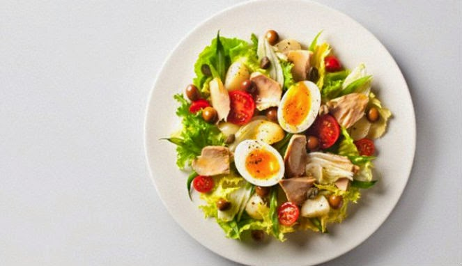 Tips Mencegah Kanker Dengan Konsumsi Salad