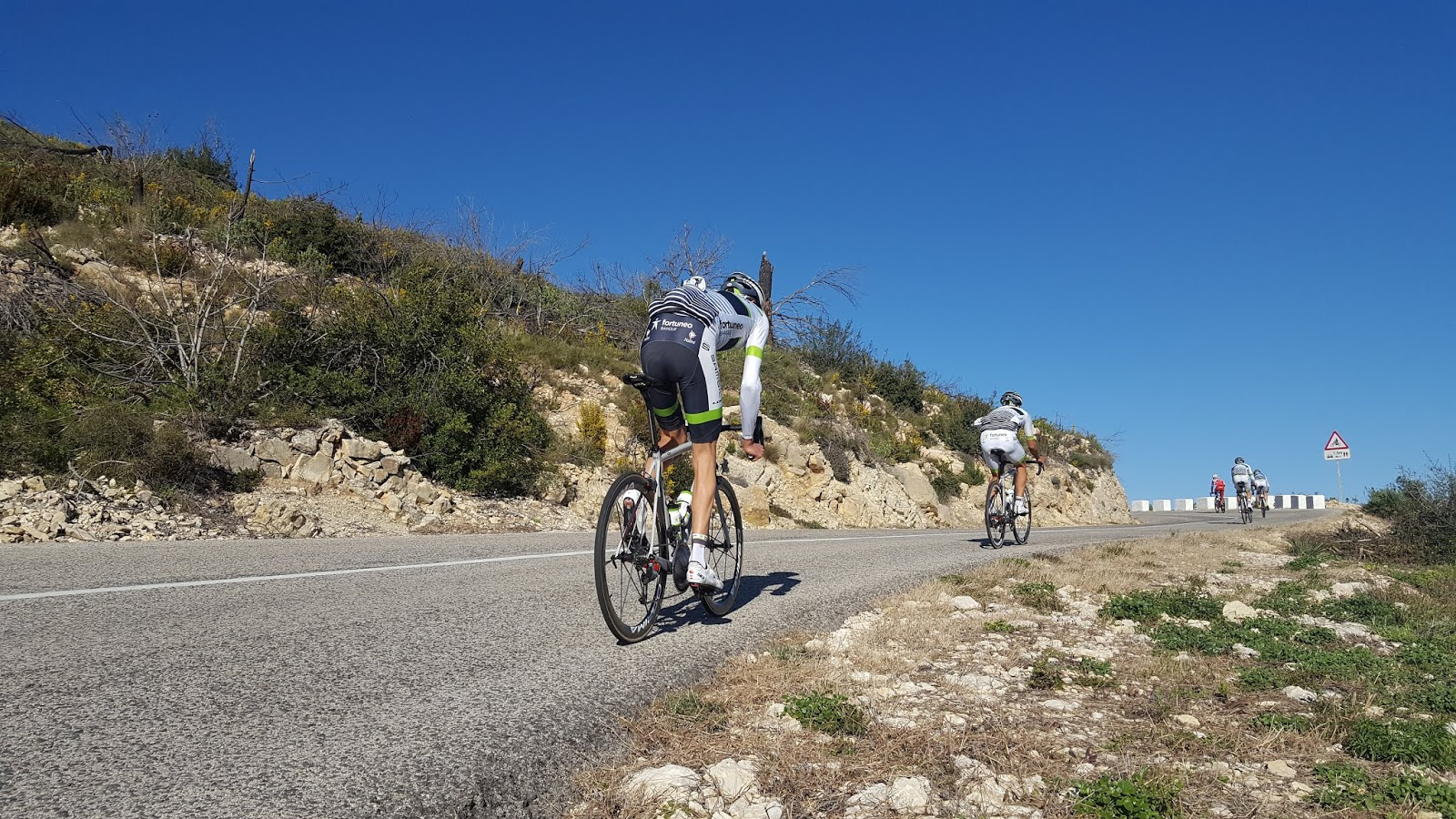 Final ramp to the summit of Puerto de Vall de Ebo