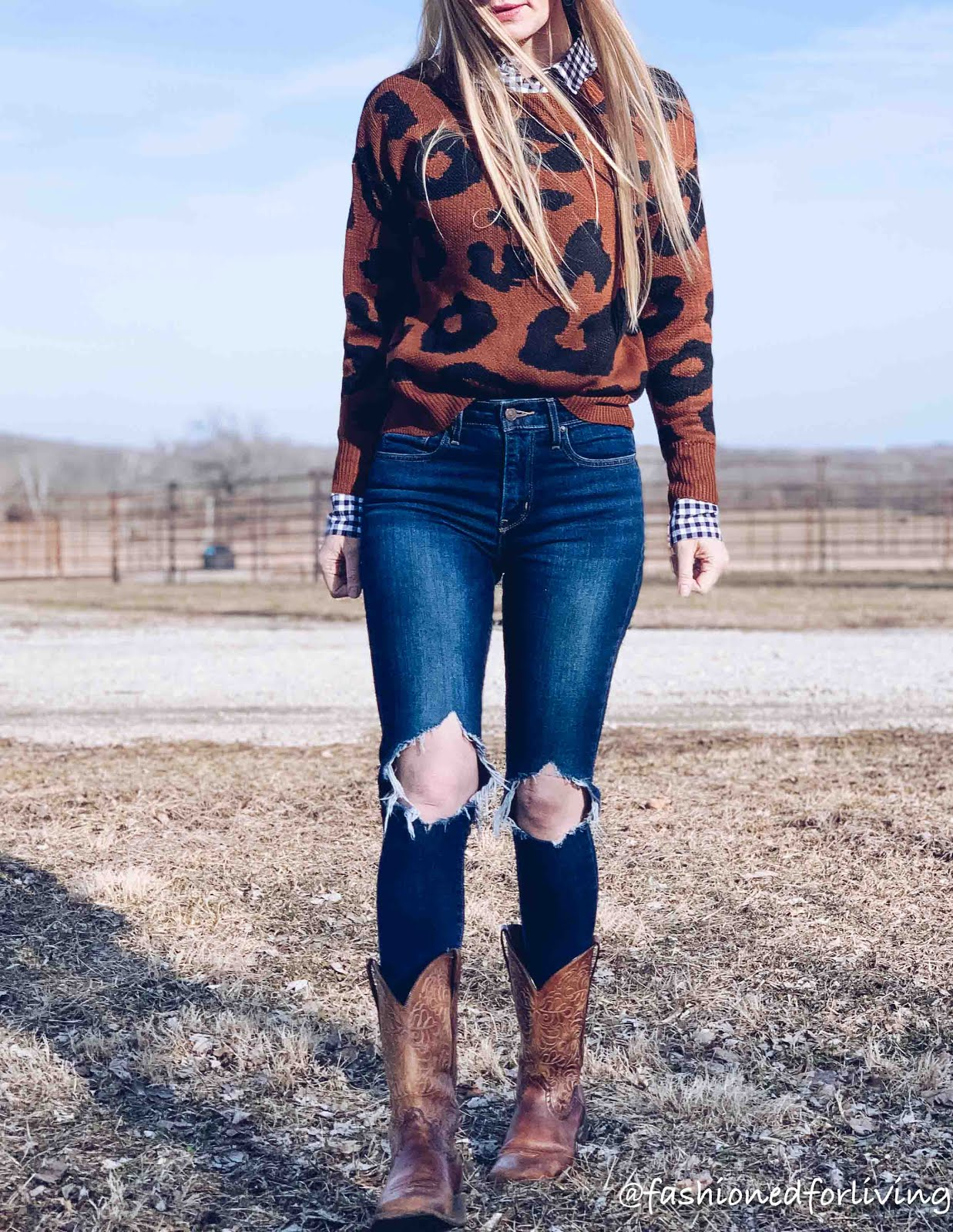 womens square toe cowboy boot outfit