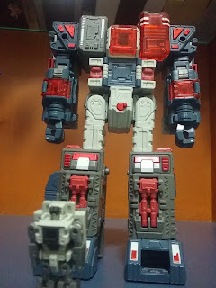 H-04 Infinitor Headmaster and body