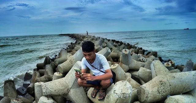wisata pantai glayem indramayu
