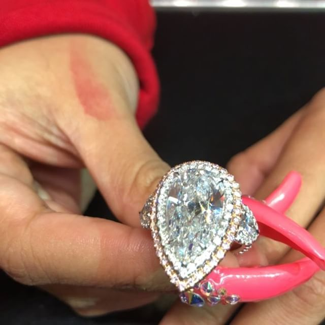 Story Why Are Wedding Rings Worn On Left Hand: Cardi B's Engagement Ring Vs Paris Hilton's Engagement
