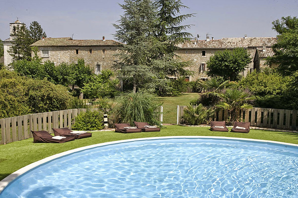 Holiday for Large Groups in Provence