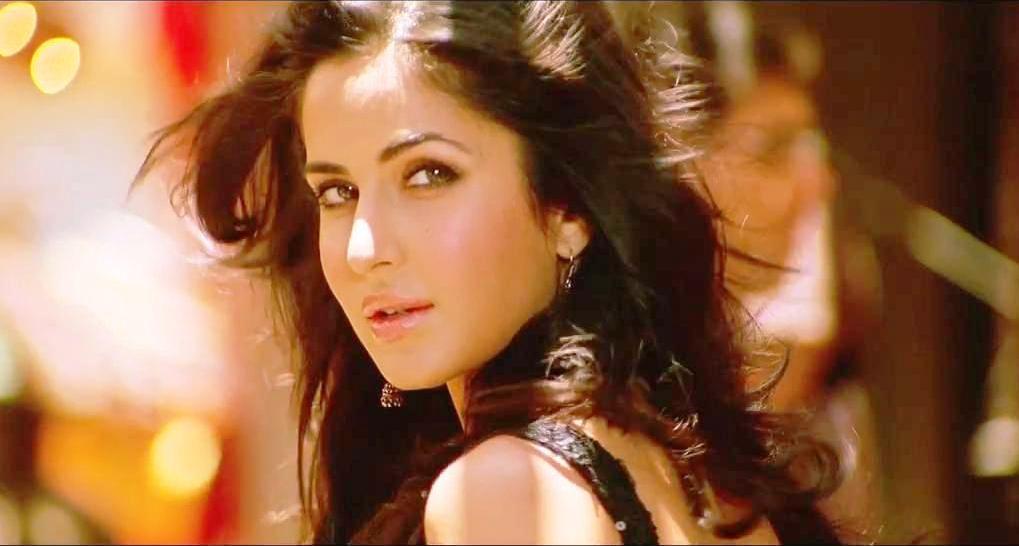 Katrina Kaif in yellow in Mashallah ~ Ek tha Tiger Song ...
