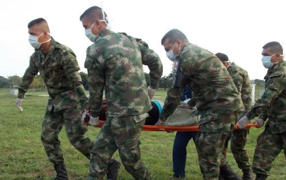 77 Militares colombianos heridos al caerles un rayo