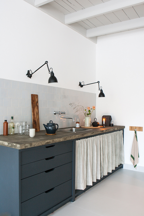 Beau Swing Arm Lamps In The Kitchen | Interieur Plus