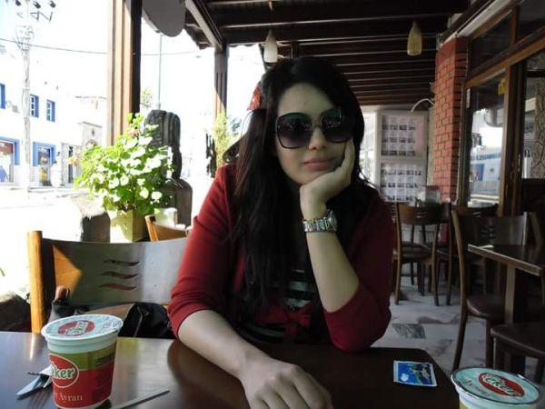 انسة عربية مقيمة فى ماليزيا ابحث عن ناضج متزن للزواج