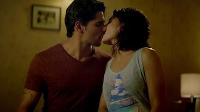 Kiss Image OfSidharth Malhotra With Jacqueline Fernandez