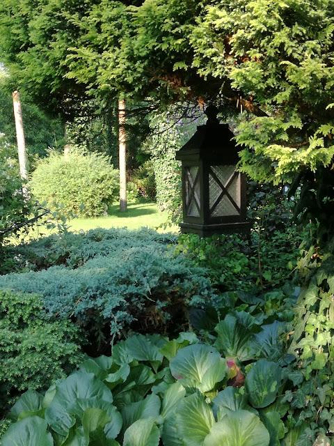 lampy w ogrodzie