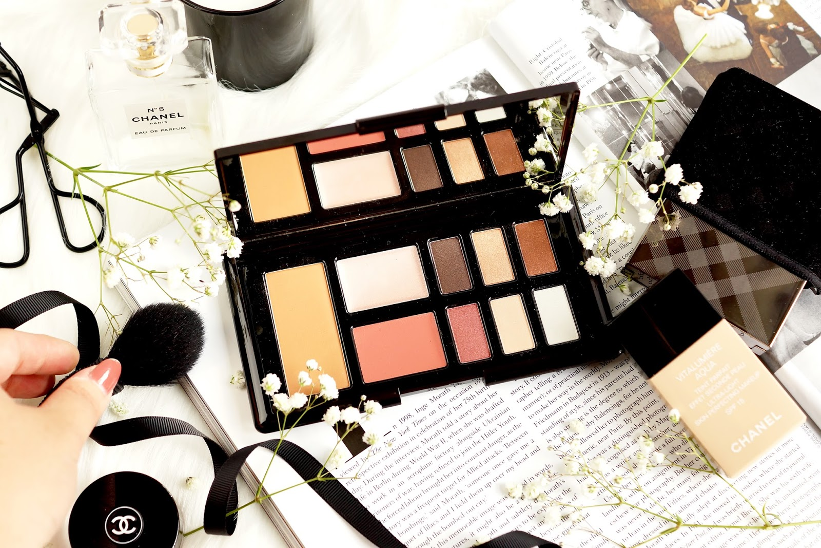 rosie-for-autograph-eye-cheek-palette-marc-jacobs-object-of-desire-review