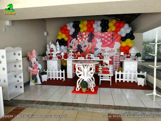 Decoração Minnie vermelha para festa de aniversário infantil - Mesa provençal - Barra - RJ