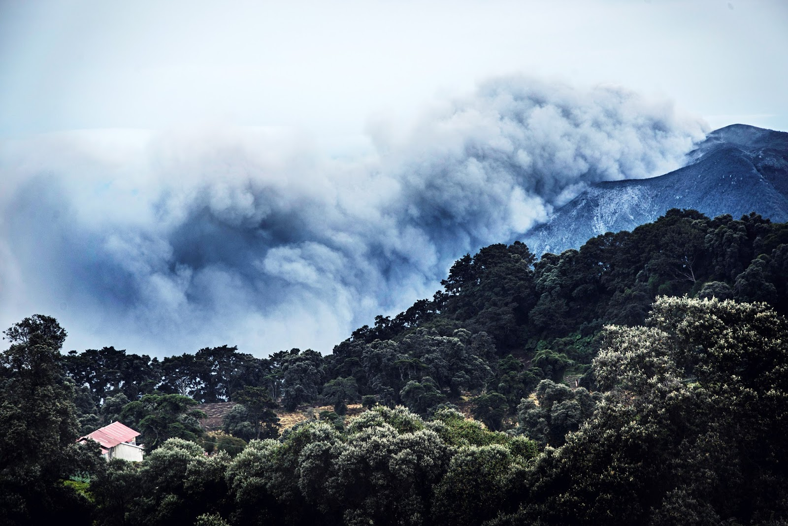 The Big Wobble: Costa Rica colossus Turrialba Volcano and it\'s ...